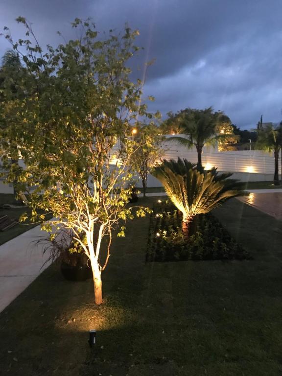A garden outside Parador Estaleiro Hotel Exclusive