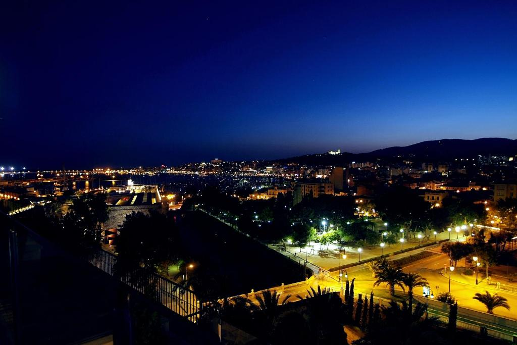 Hotel Saratoga Palma De Mallorca Updated 2021 Prices