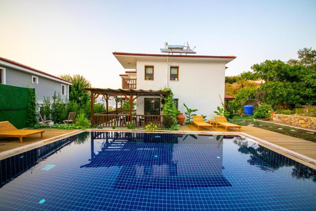 Villa Jasmin Daily Weekly Rentals