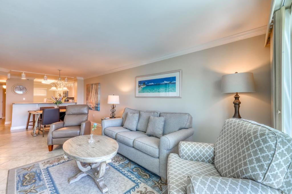 Vacation Home Okaloosa Island by Quest, Fort Walton Beach, FL - Booking.com