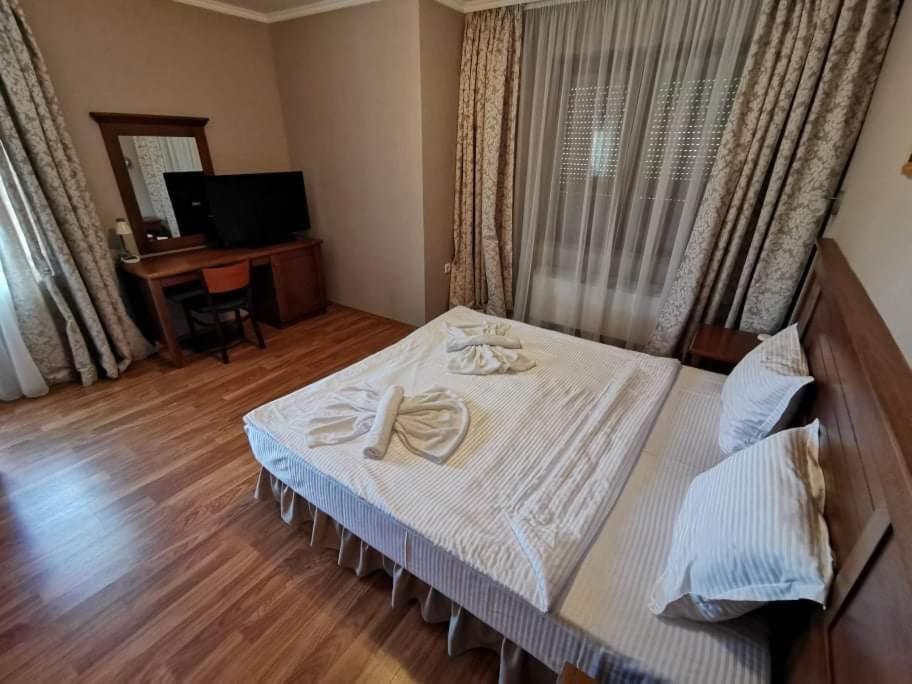 Хотел Тачев