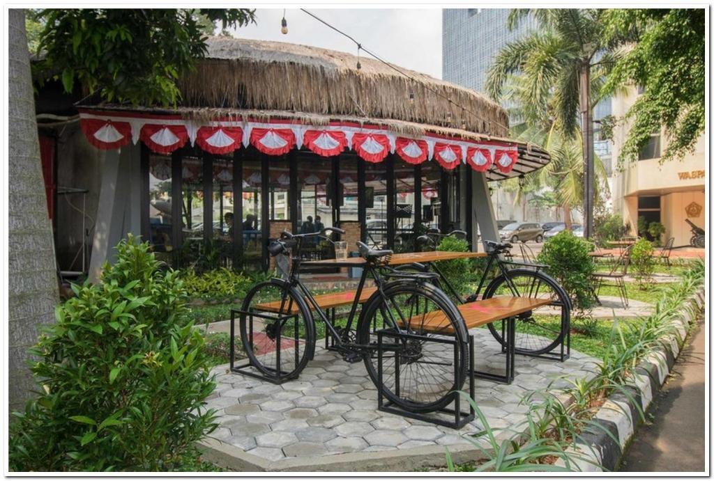 Reddoorz Plus Near Museum Satria Mandala Jakarta Updated 2021 Prices