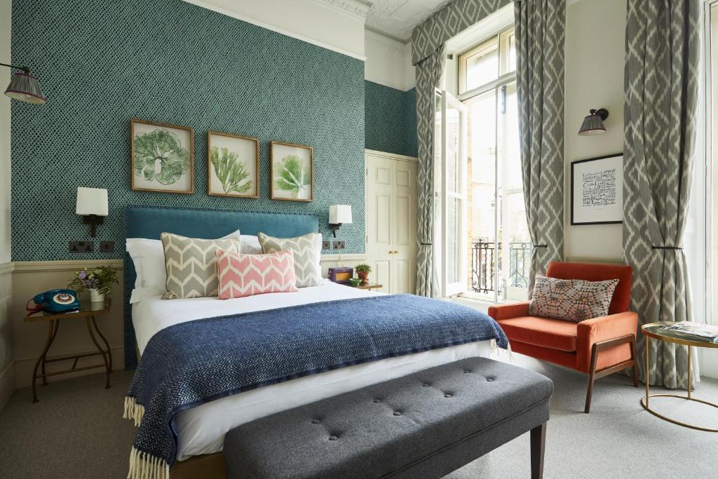 A room at the Lime Street Hotel.