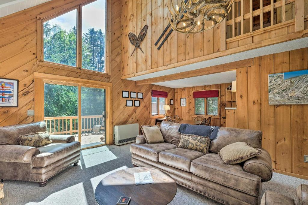 Sunny Mountain Chalet with Hot Tub - Ski & Hike!
