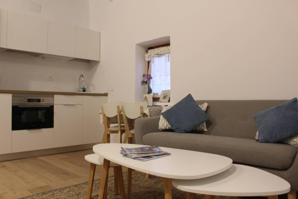 La Casa Toledana Estudio - Patio y Artesonado