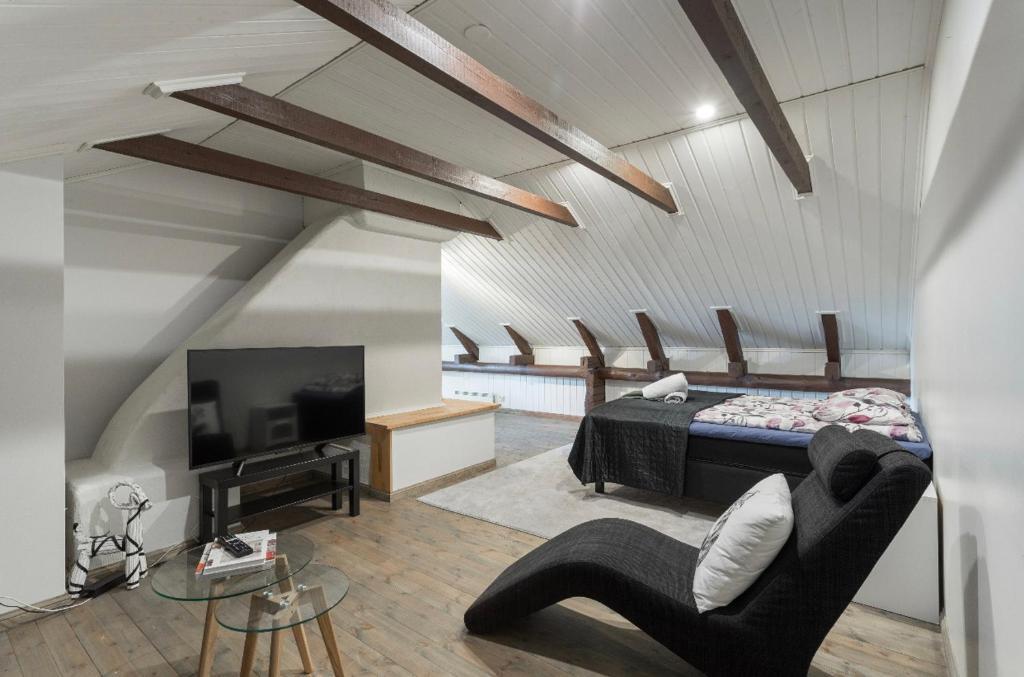 Unique open space loft studio in the attic(ケラヴァ)– 2020年 ...