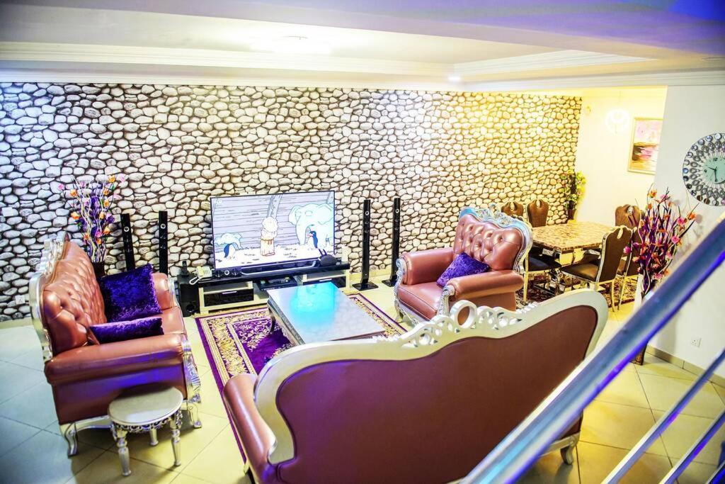 Luxury Furnished 4 Bedroom Semi-Detached Duplex