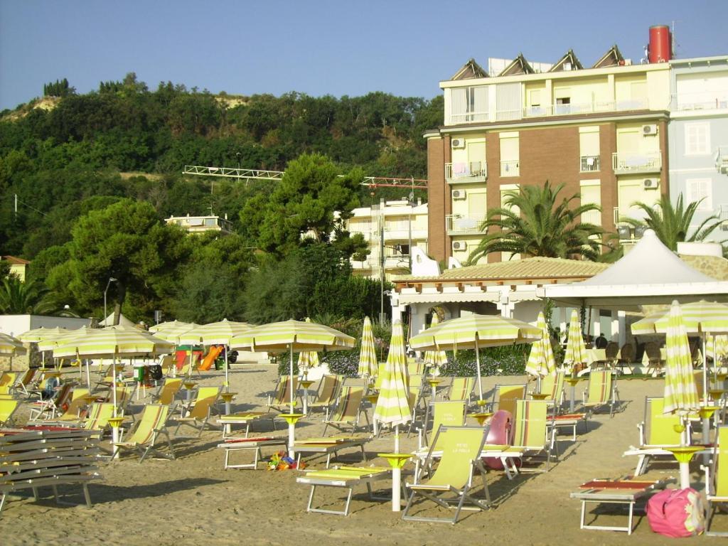 Hotel La Perla Cupra Marittima, Italy