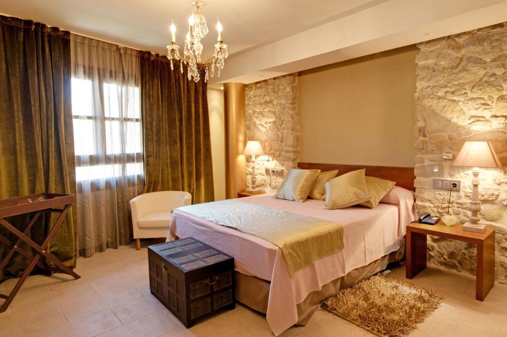 hoteles con encanto en graus  8