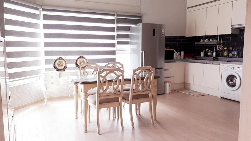Renovated Loft Style Apartment