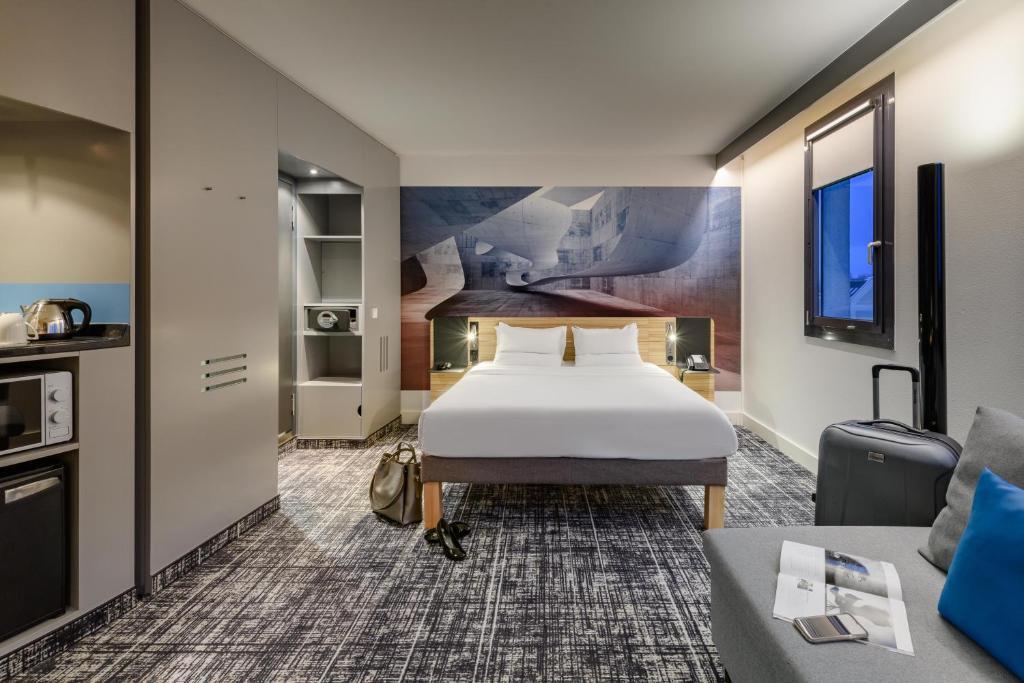 Ein Zimmer in der Unterkunft Novotel Suites Berlin City Potsdamer Platz