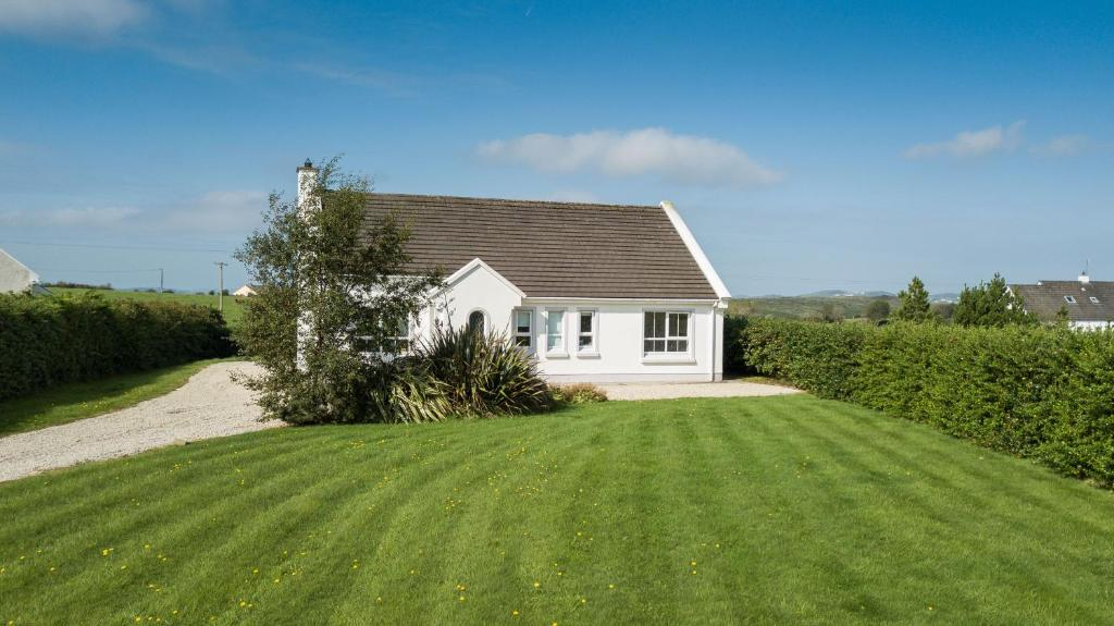 Modern 3 bedroom Irish cottage ,Carrigart ,Donegal