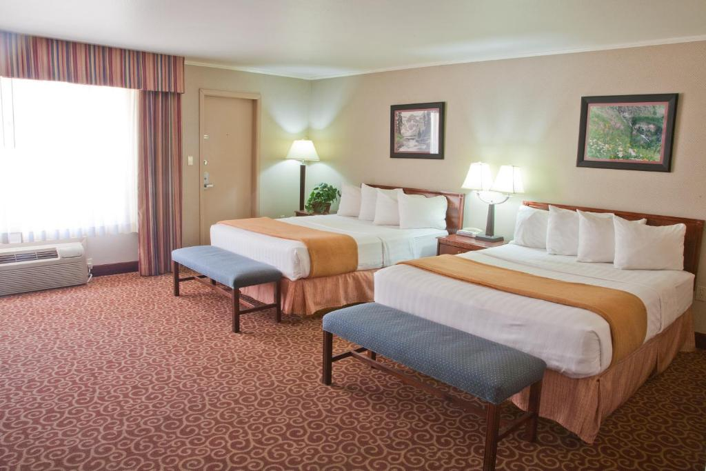 Hotels In Olathe