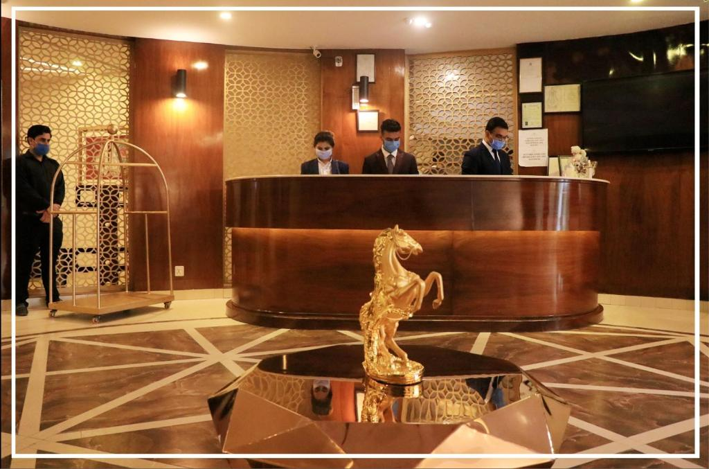 The lobby or reception area at Hilton Suites Lahore
