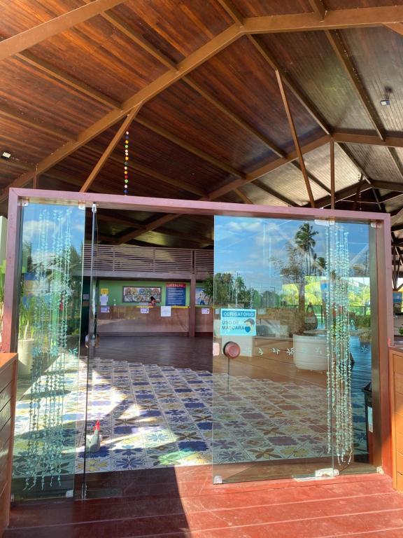 A fachada ou entrada em Ancorar Flats Condomínio a Beira Mar