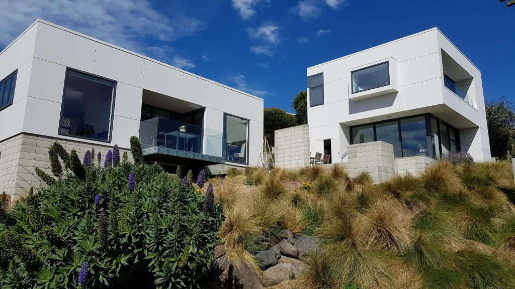 The Rectangle Apartment, Akaroa