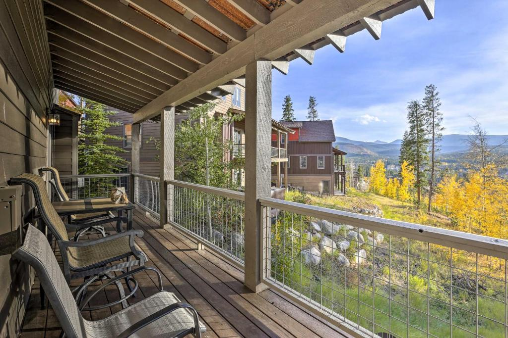 Winter Park Area Family Cabin with Mtn View & Hot Tub