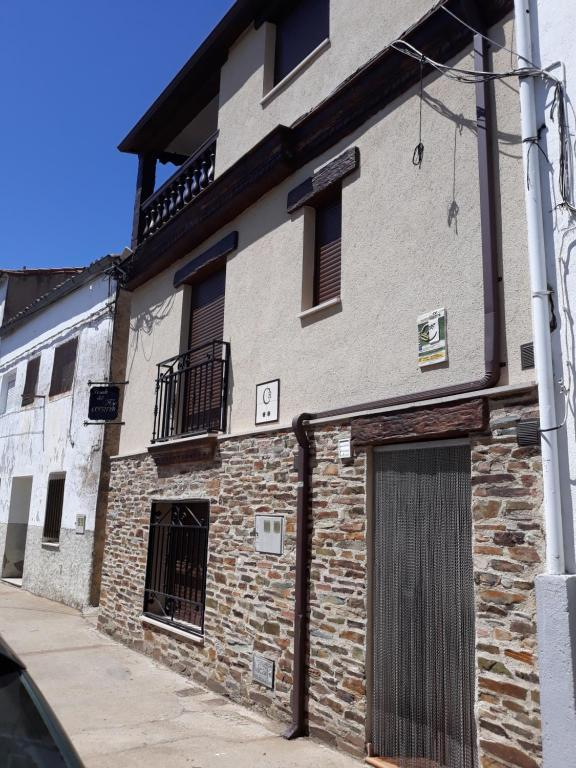 Guest Houses In Guijo De Granadilla