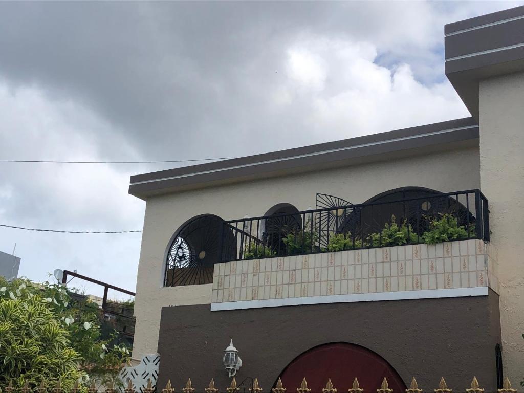 San Juan Colonial Guest House