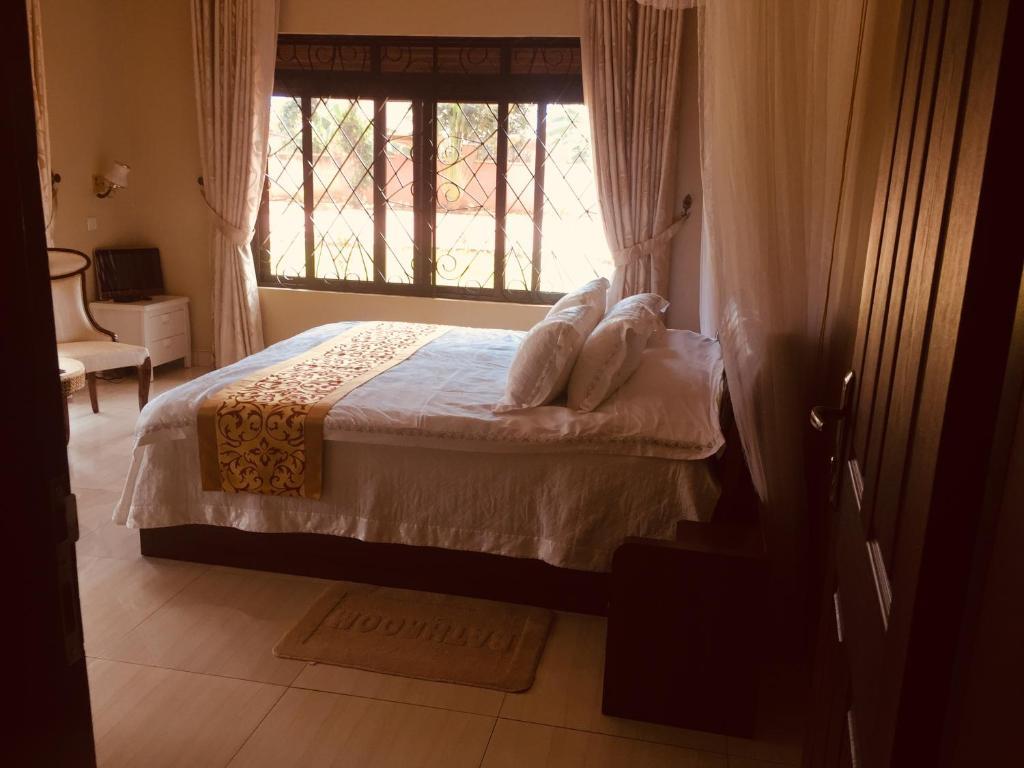 Syronhotel &safari