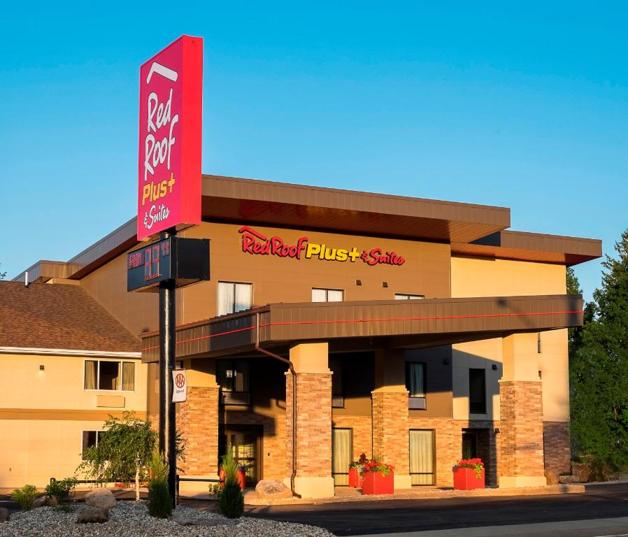 The facade or entrance of Red Roof Inn PLUS+ & Suites Malone