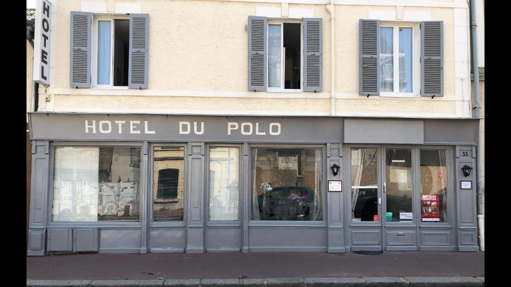 The facade or entrance of Hotel Du Polo