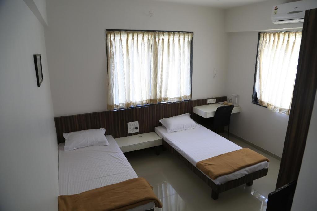 A room at Aashiyana Inn