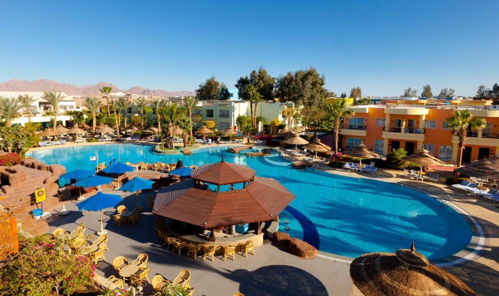 Вид на бассейн в Sierra Sharm El Sheikh или окрестностях