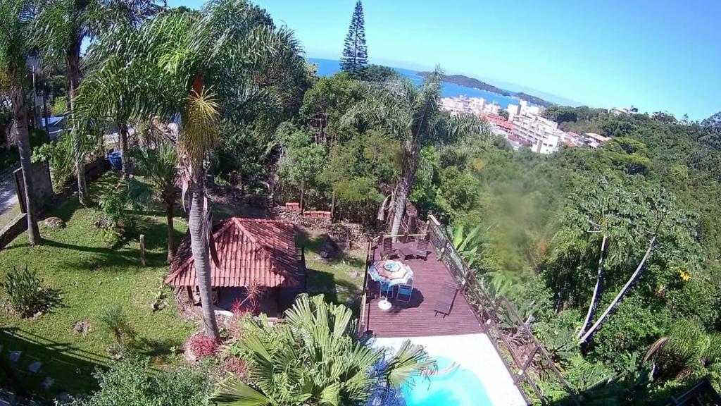 Casa do Morro (aluguel de suítes)