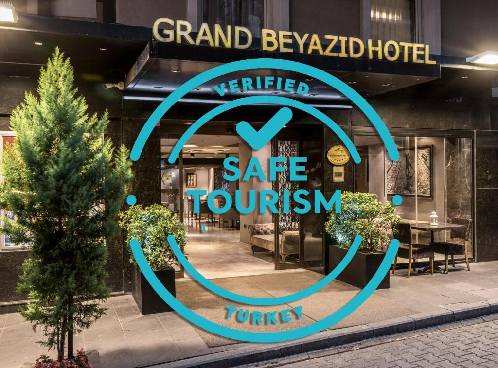 The facade or entrance of Grand Beyazit Hotel