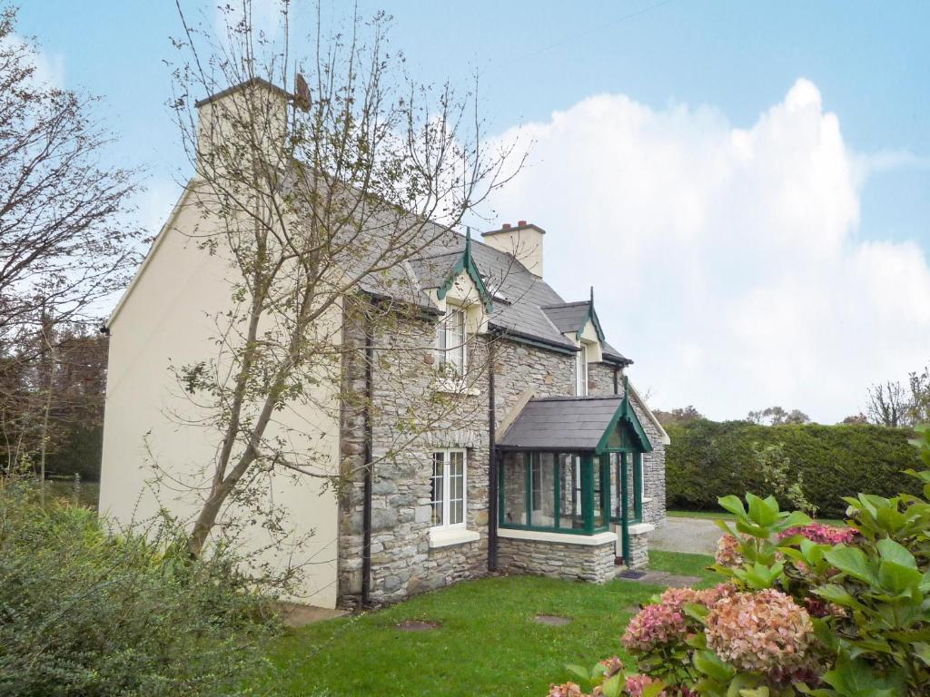 Stone Cottage Kenmare by Trident Holiday Homes