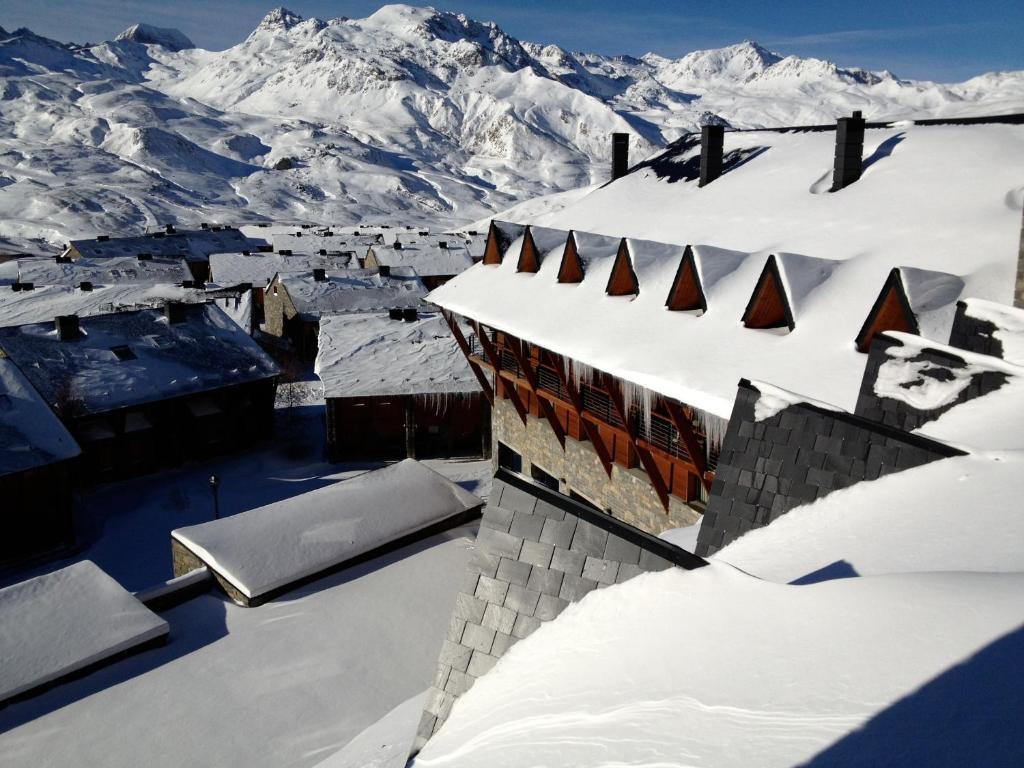 HG Alto Aragón during the winter