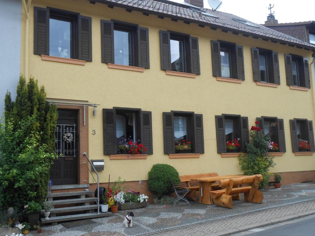 Hotels In Marpingen