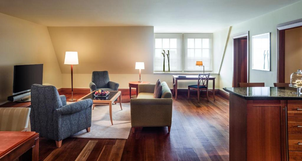 Apartment Residences at Park Hyatt - Laterooms