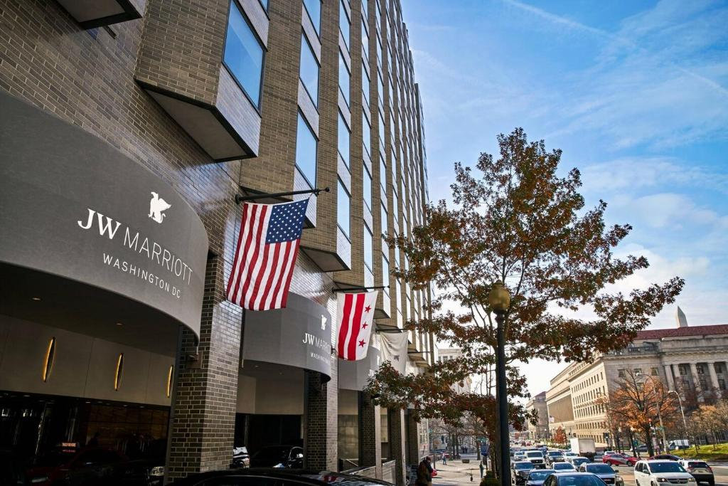 The facade or entrance of JW Marriott Washington, DC