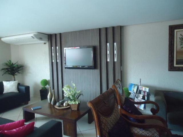 Lara S Hotel Acailandia Brazil Booking Com