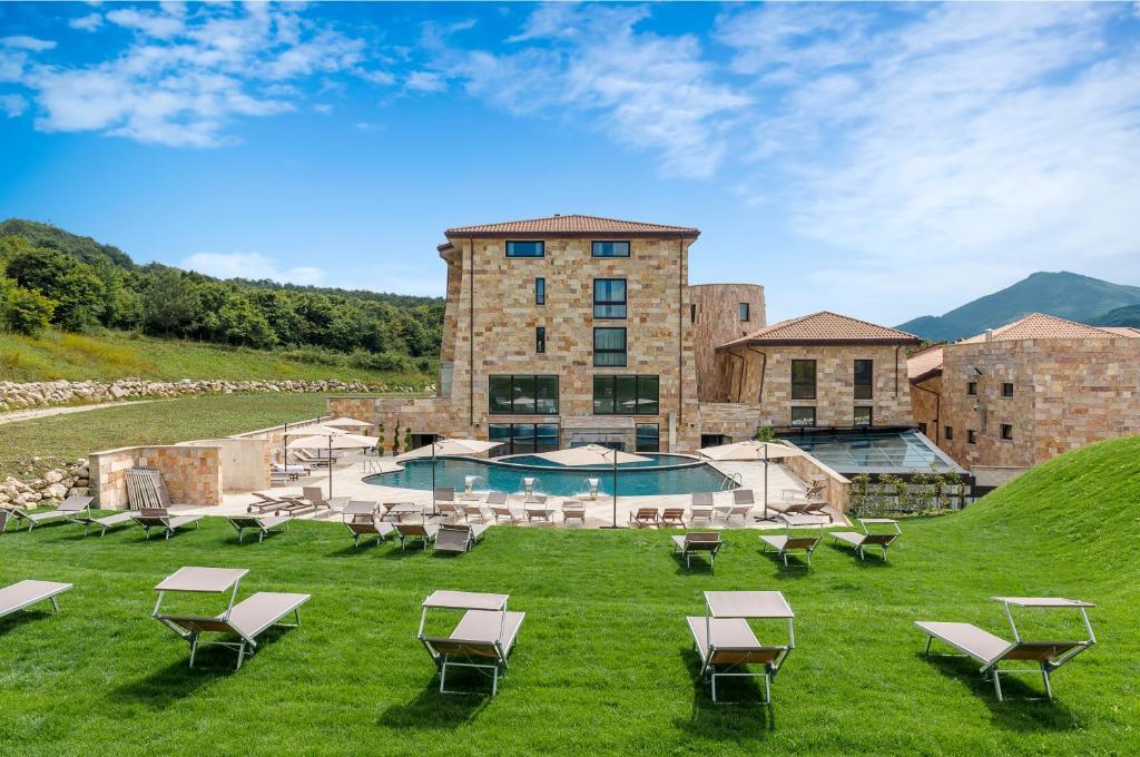 Aqua Montis Resort & Spa Rivisondoli, Italy
