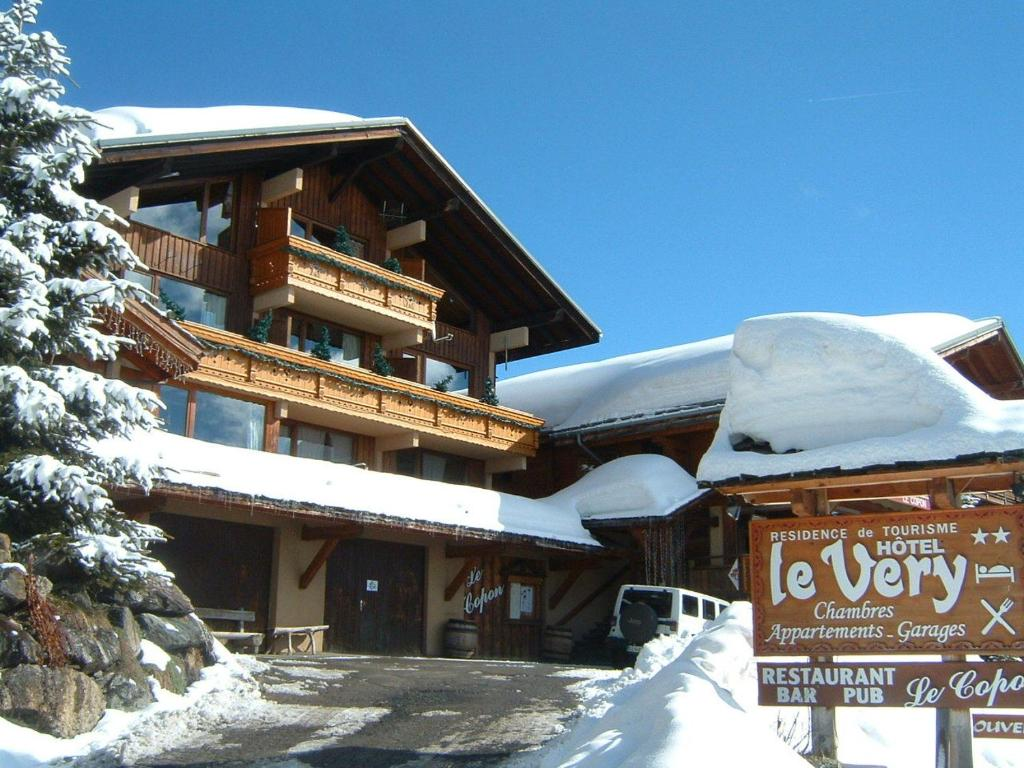 Hotel Le Very during the winter