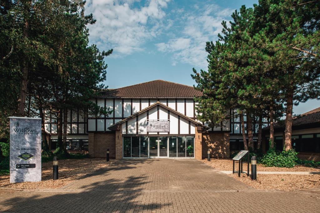 Wyboston Lakes Willows Suite in Wyboston, Bedfordshire, England