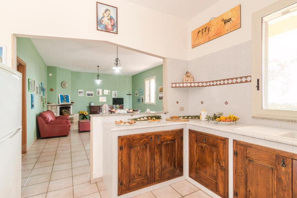 House with 3 bedrooms in Pozzallo with wonderful sea view and furnished terrace