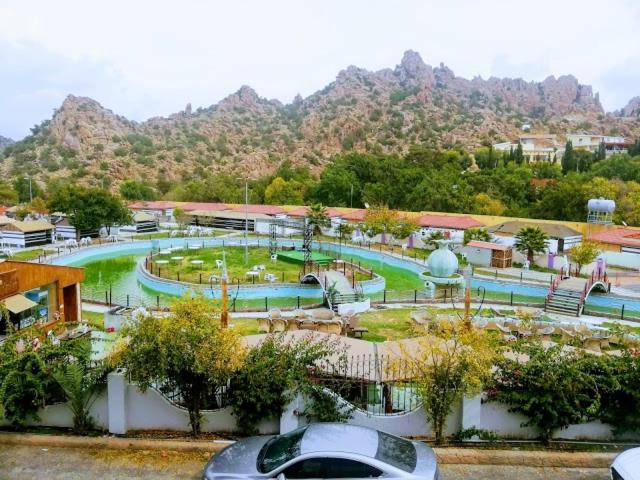 منتجع بحيرة الكوخ Al Shafa Saudi Arabia Booking Com