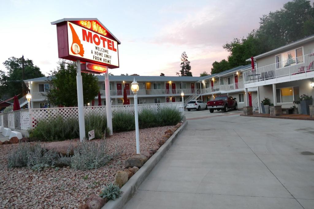 Red Wing Motel