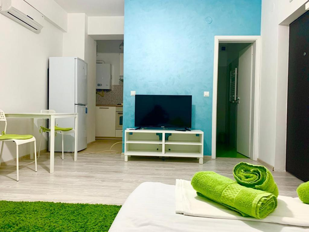 Palas Studio for TWO