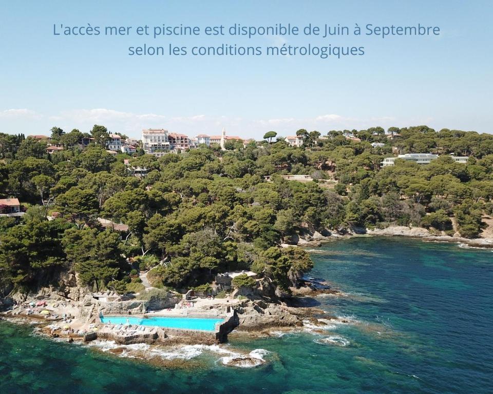 Ett flygfoto av Hotel Provençal