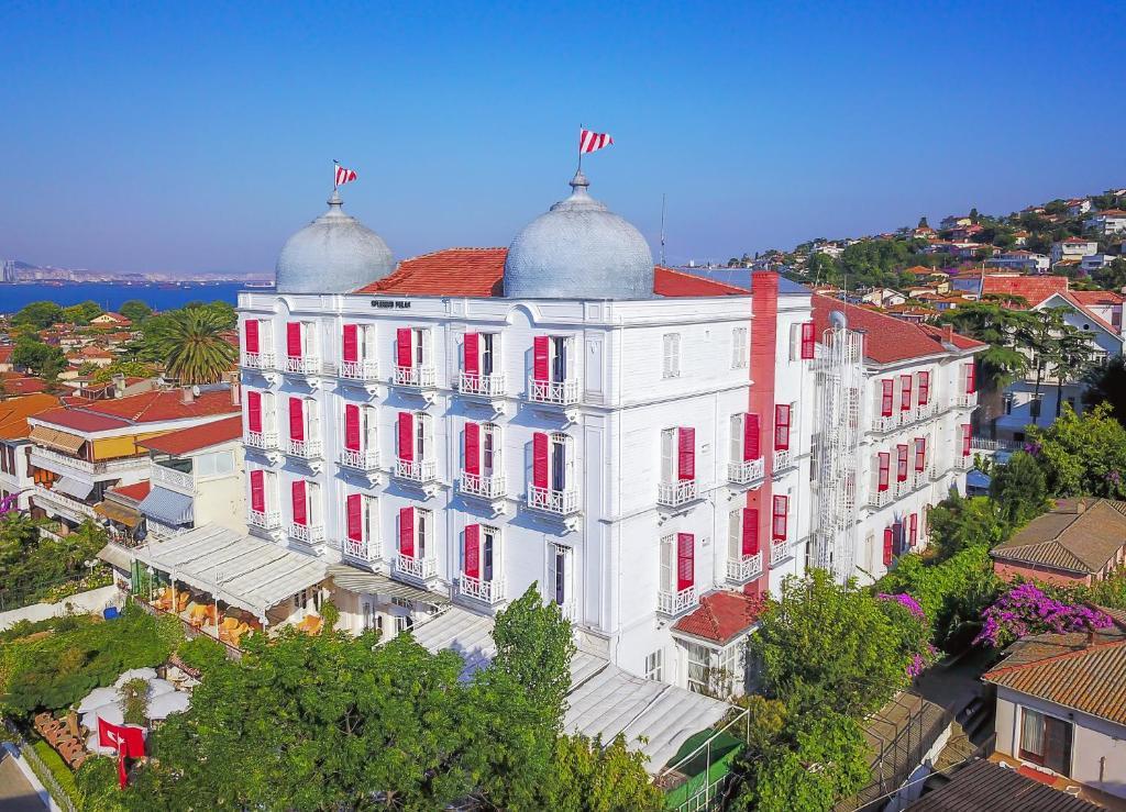A bird's-eye view of Splendid Palace