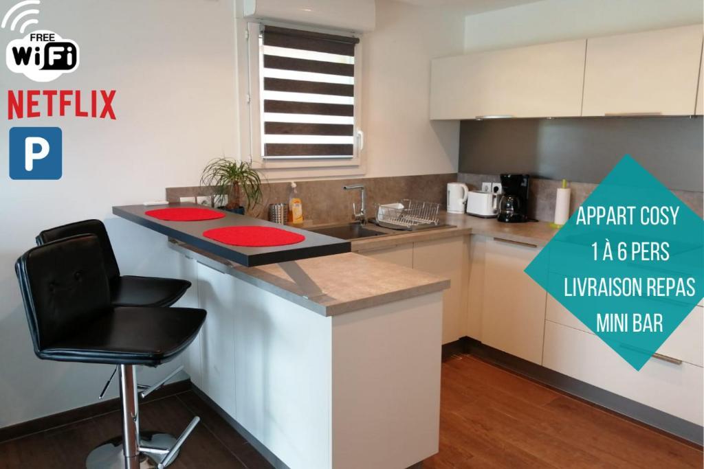 Cuisine ou kitchenette dans l'établissement Green Paradise 4 Étoiles Netflix & Mini-Bar & Parking Privé & Balcon