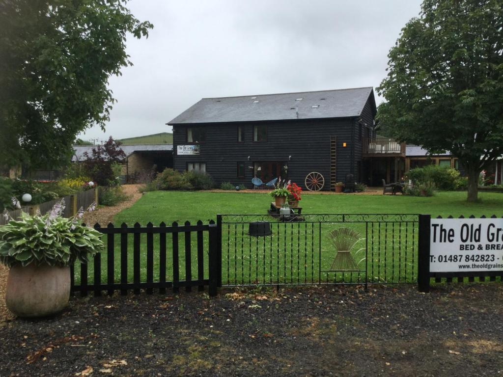 The Old Grain Store Bed & Breakfast in Pidley, Cambridgeshire, England