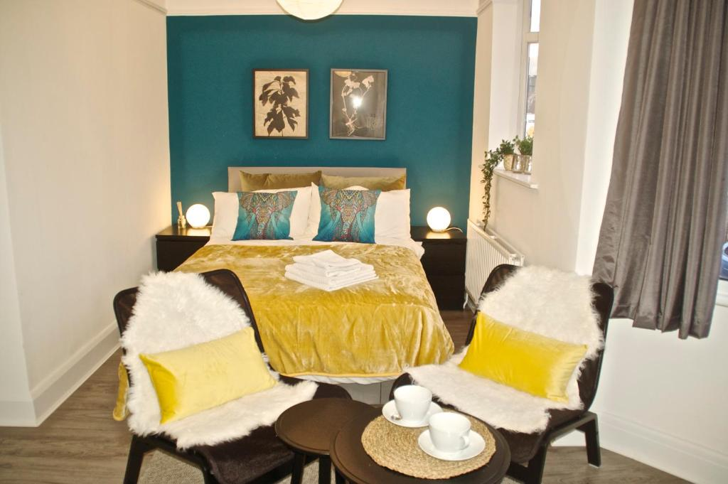 East Croydon Rooms