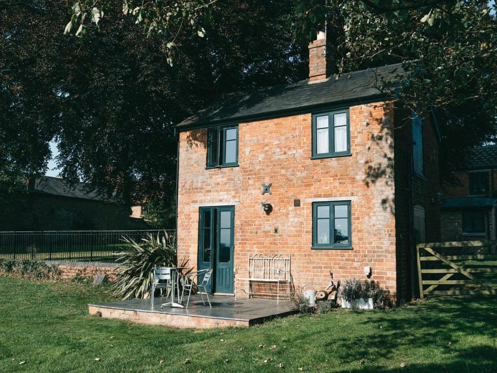 Southfield Cottage in Braunston, Northamptonshire, England