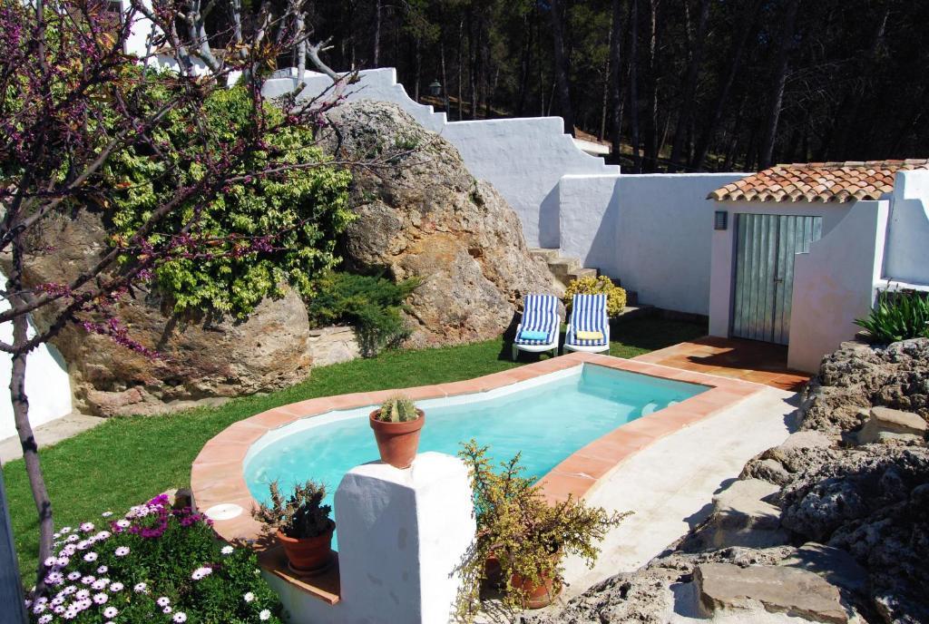 Piscina en o cerca de Villa La Roca
